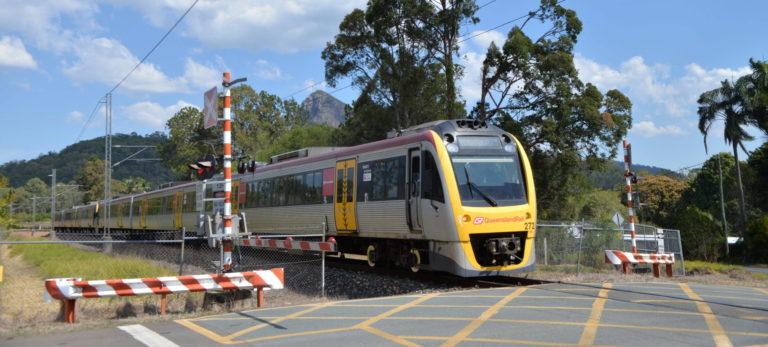 train Queensland Rail