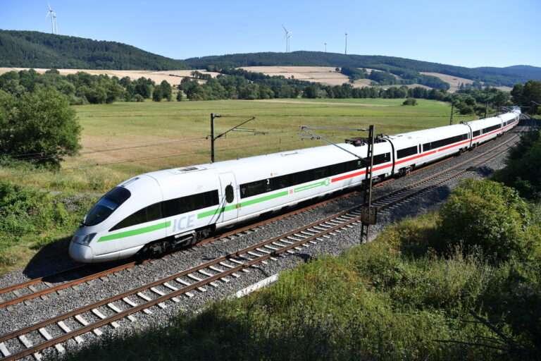 CDP climate ratings 2020:ICE T im Haunetal unterwegs