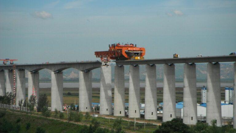 Eisenbahn China - Hochgeschwindigkeitsnetz China - Testzug CRH311A im Bahnhof Yuncheng der Datong-Xi'an PDL