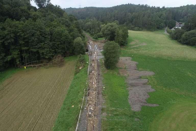 Fluthilfe: Befliegung Hochwasserschäden Eifelstrecke